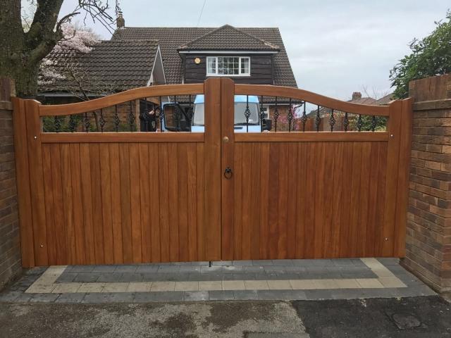 Idigbo hardwood driveway gates in teak