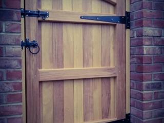 Iroko Hardwood Side Gate Rear - Lymm Design