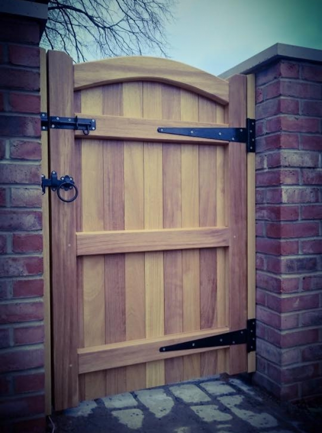 Lymm Design Iroko Hardwood Side Gate Rear