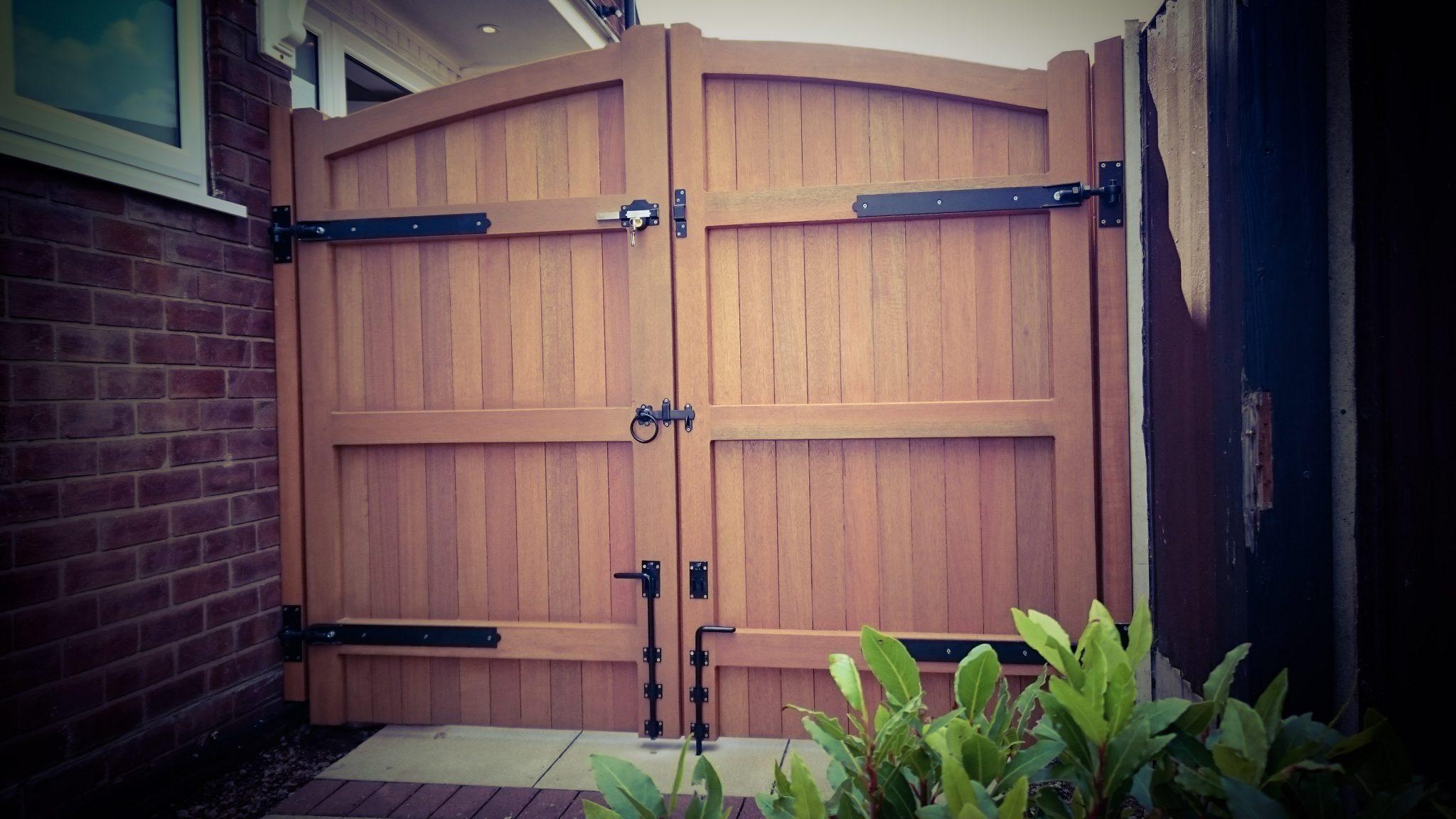 Lymm Design Meranti Hardwood from behind