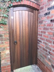 Meranti hardwood side gate in arch in dark oak finish