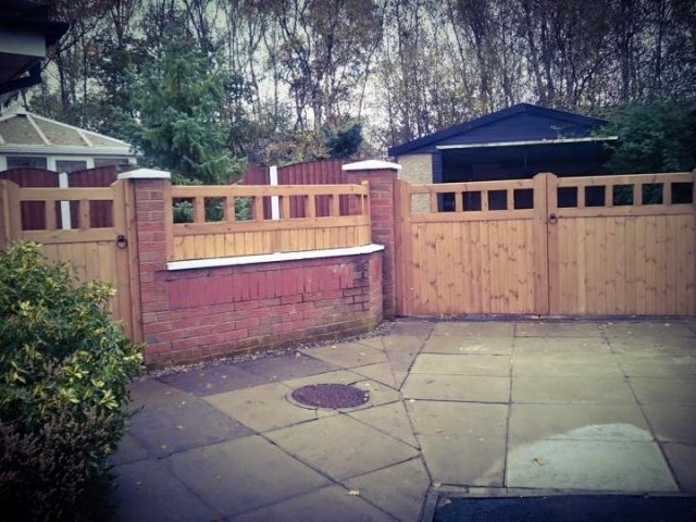Cheshire Design Softwood Driveway Gates and Side Gates