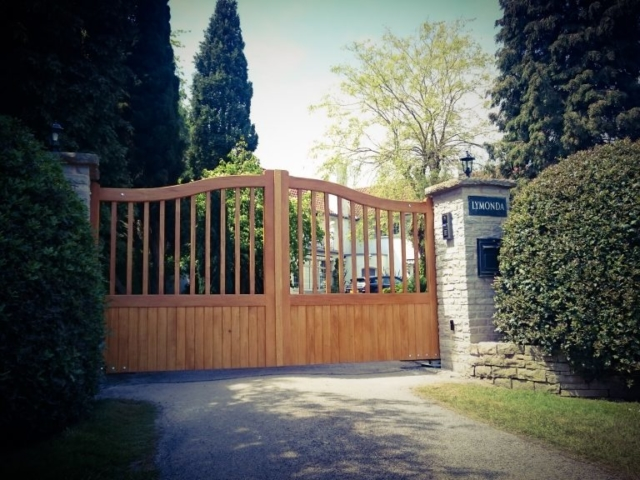 Idigbo driveway gates Heaton design in light oak