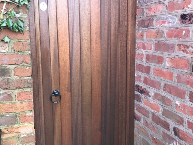 Meranti arched side gate in mid oak