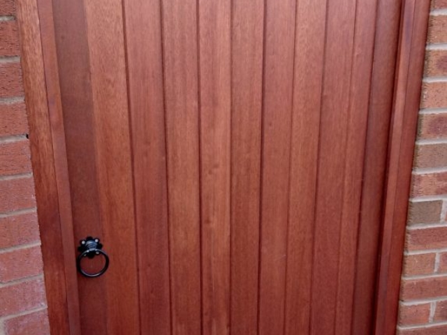 Hardwood lymm style gate in mahogany